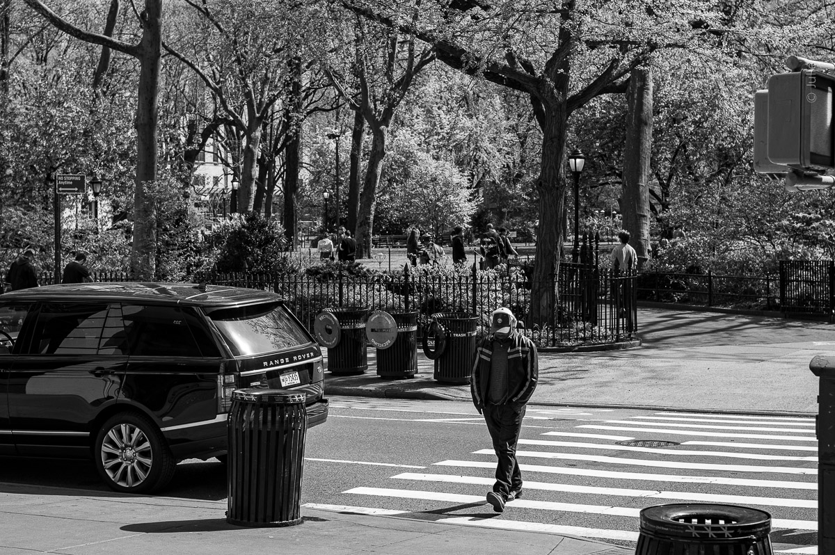 A man crossing a street. Manhattan, New York, during COVID-19. Quarantine (04/26/2020 by Julie Pavlova Photography)