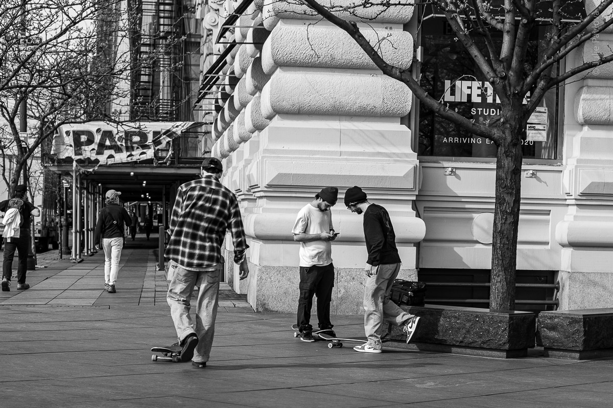 Skaters. Manhattan, New York, during COVID-19. (04/26/2020 by Julie Pavlova Photography)