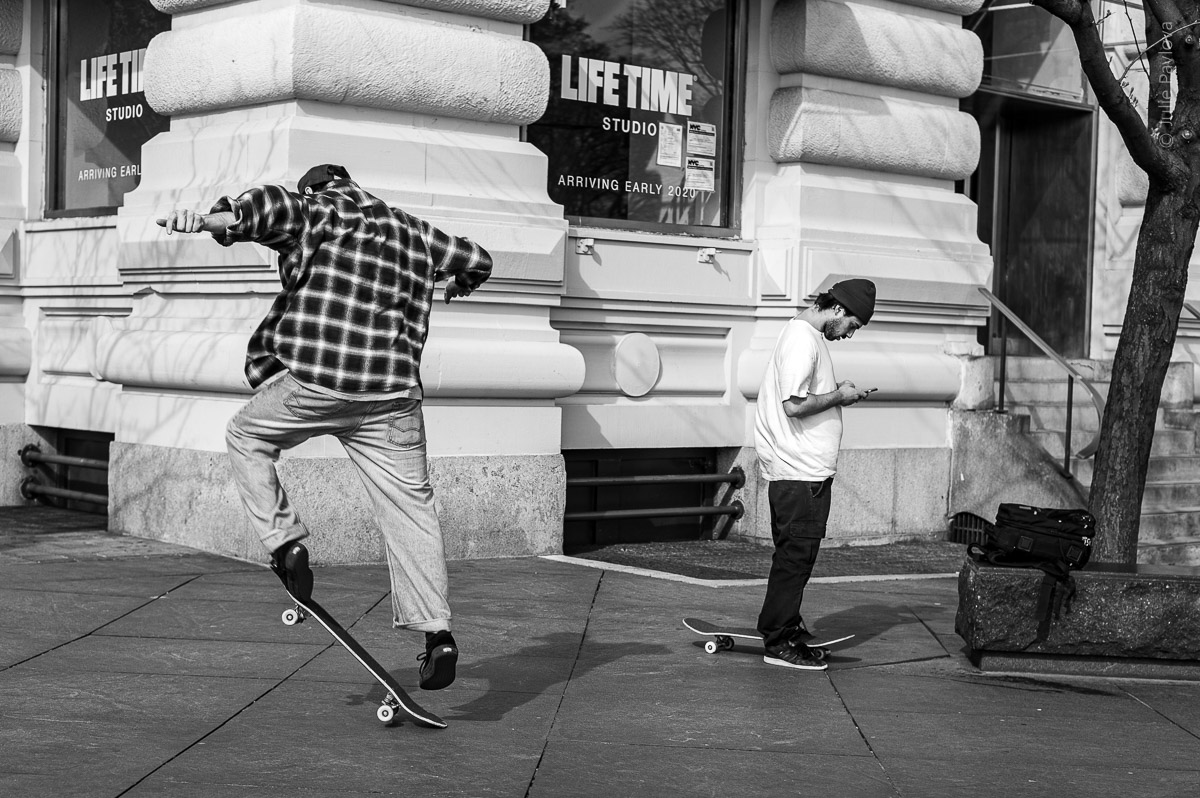 Skater jumping. Manhattan, New York, during COVID-19. (04/26/2020 by Julie Pavlova Photography)