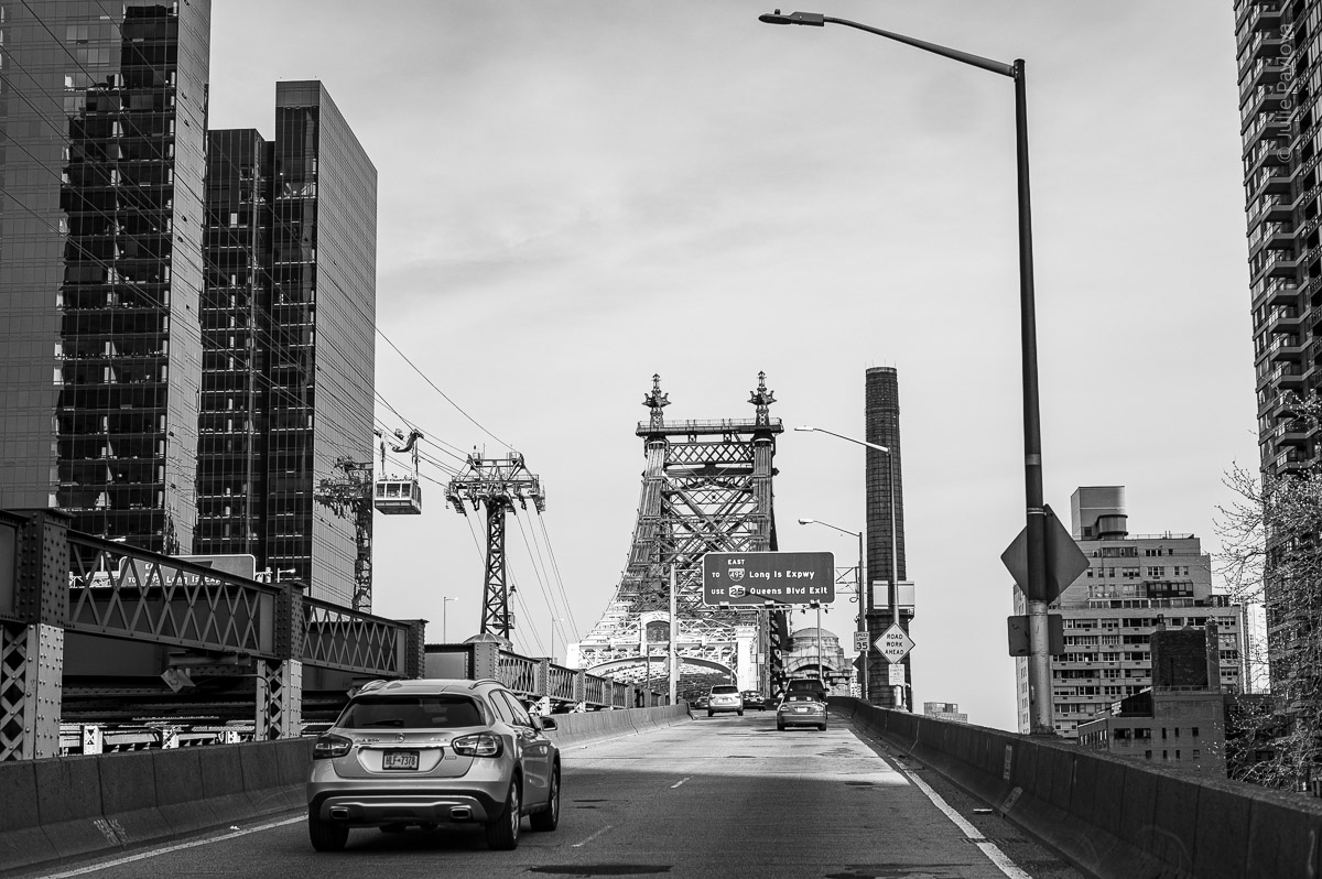 Ed Koch Queensboro Bridge. Manhattan, New York, during COVID-19. (04/26/2020 by Julie Pavlova Photography)