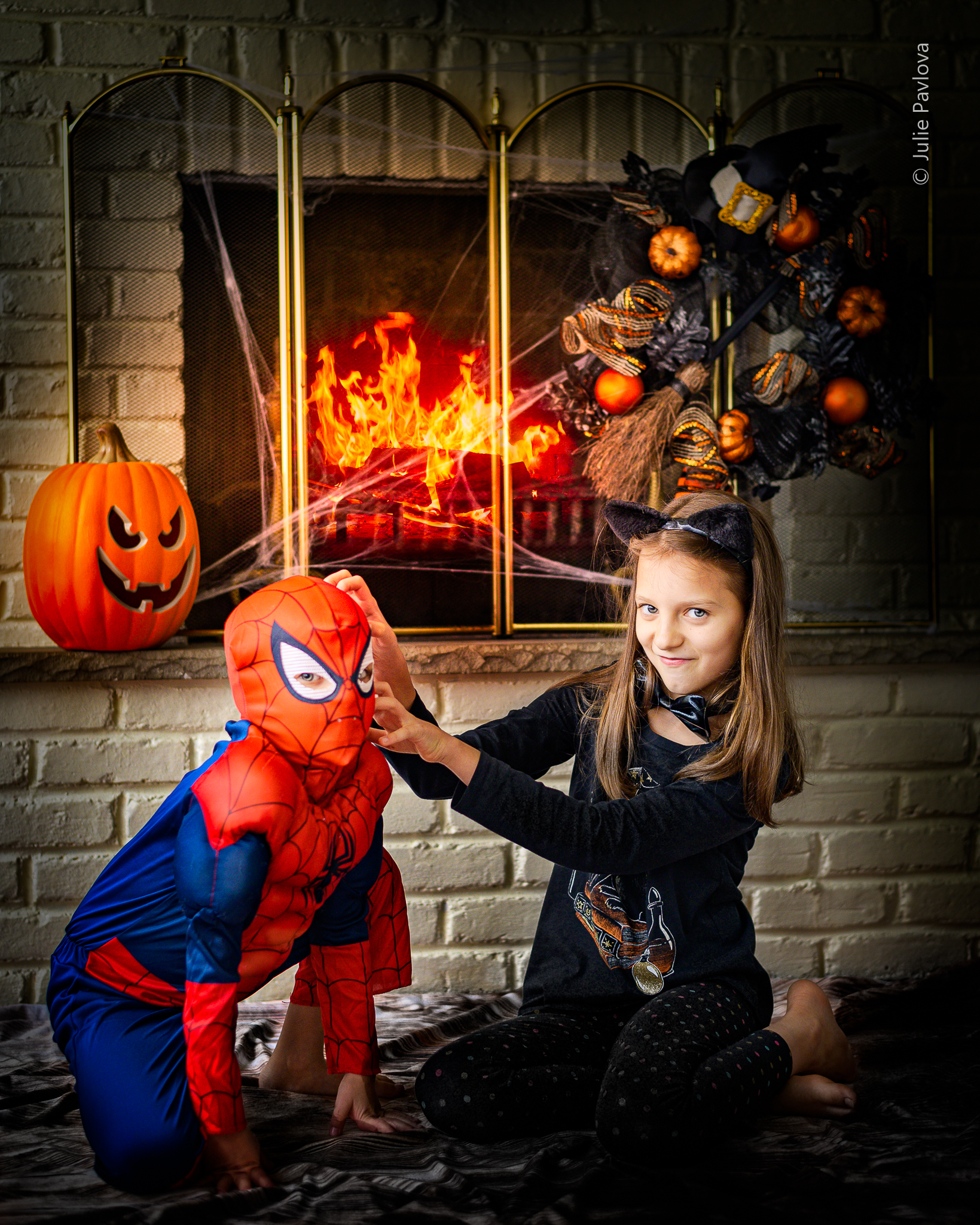 Halloween session with Julie Pavlova Photography. Bergen County family, maternity and newborn photographer, New Jersey