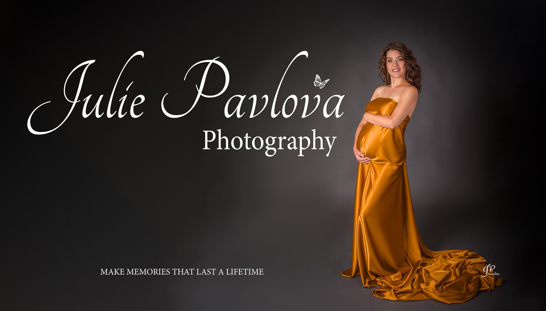 Fine Art Glamour Maternity Portrait by New Jersey professional photographer Julie Pavlova Photography, top 20 Best New York Photographers (Bergen County, NJ)