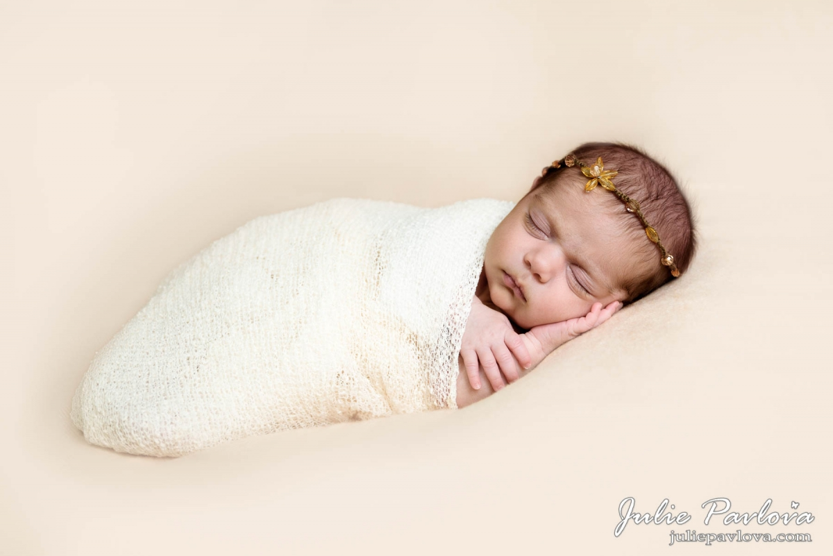 Fine Art Newborn session by the best New York  photographer Julie Pavlova (Queens, NY)